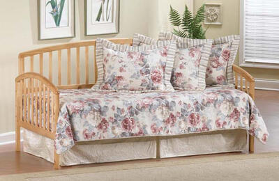 Carolina Daybed  (Country Pine Finish)